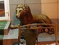 Скульптура льва Скульптура льва украсит входную группу дома, ресторана, офиса.   Скульптура из бетона размер 108х120 см, окрашен в состаренное золото, Омск - Ландшафтный дизайн